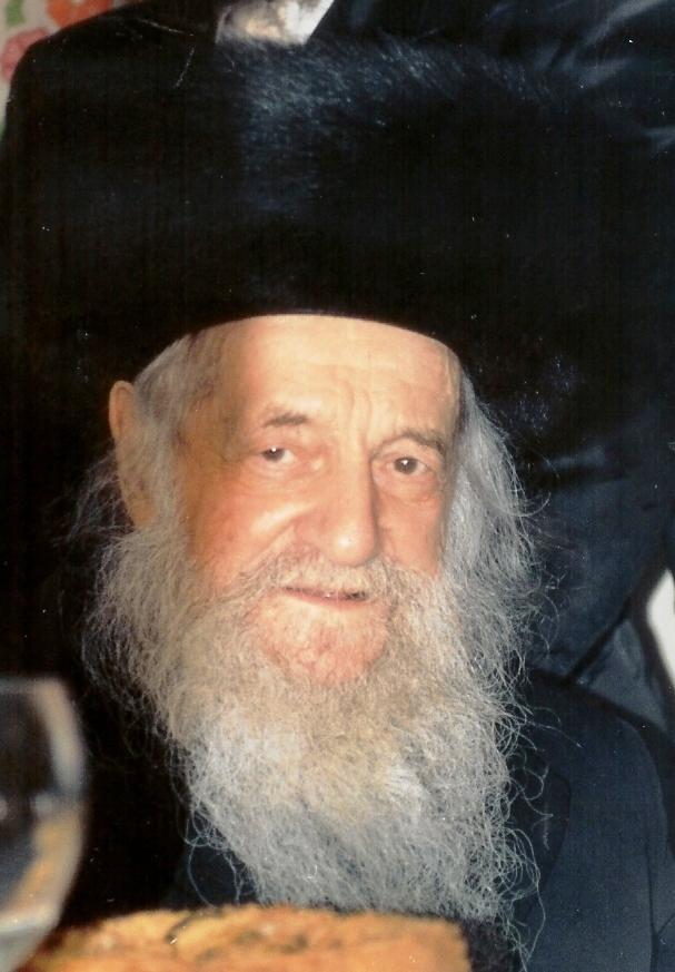 A 102 éves magyar származású rabbi, aki az internettel is foglalkozott