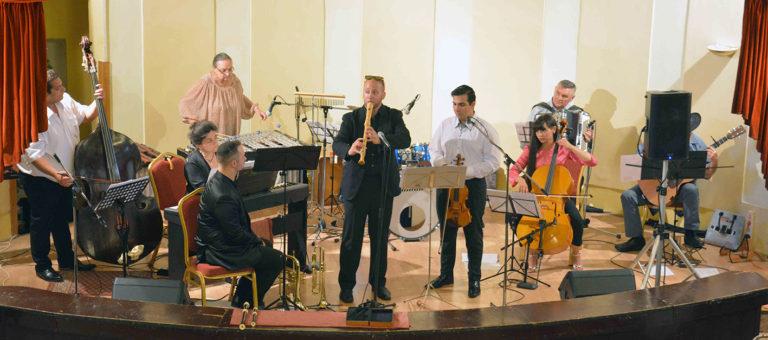 Hatalmas sikert aratott a Miskolc Klezmer Band első fellépésén