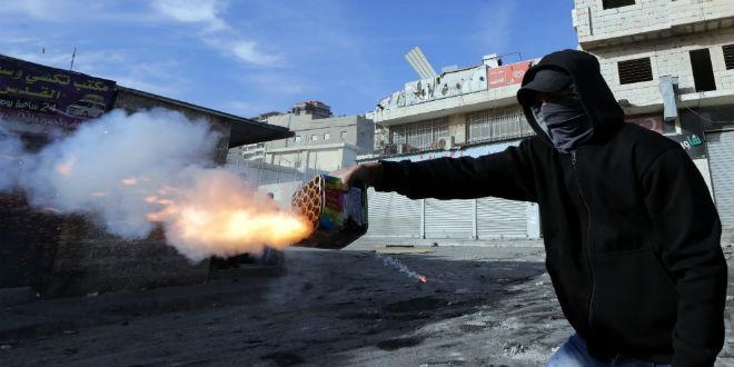 Palestinian-Firecracker-660x330