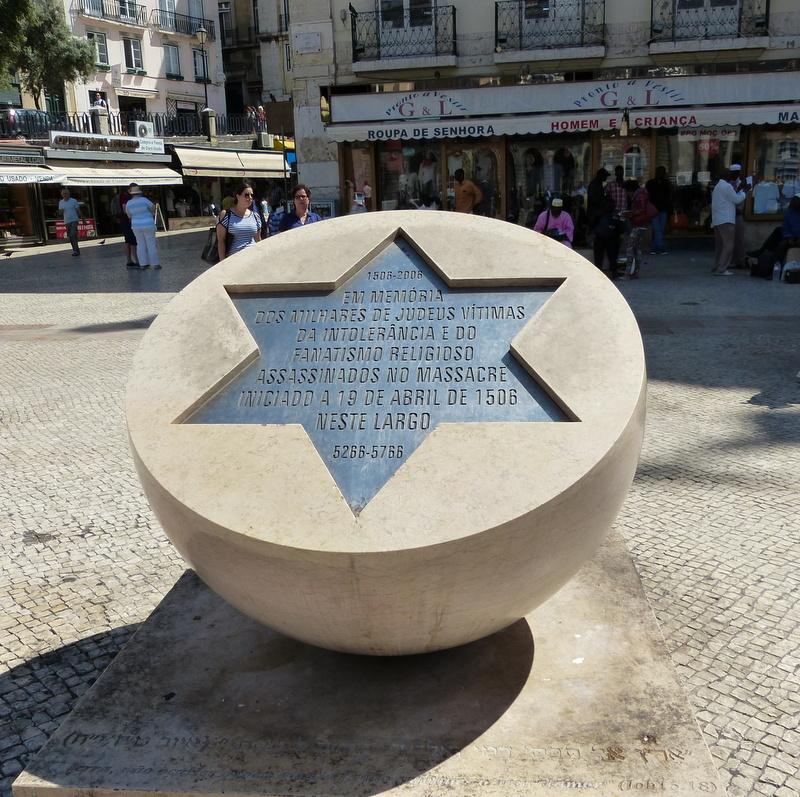 Az 1504-es lisszaboni vérengzés emlékműve