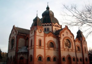 Zsinagoga 10