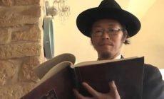 Egy zsidó, akinek nem csak az öltönye készült Kínában