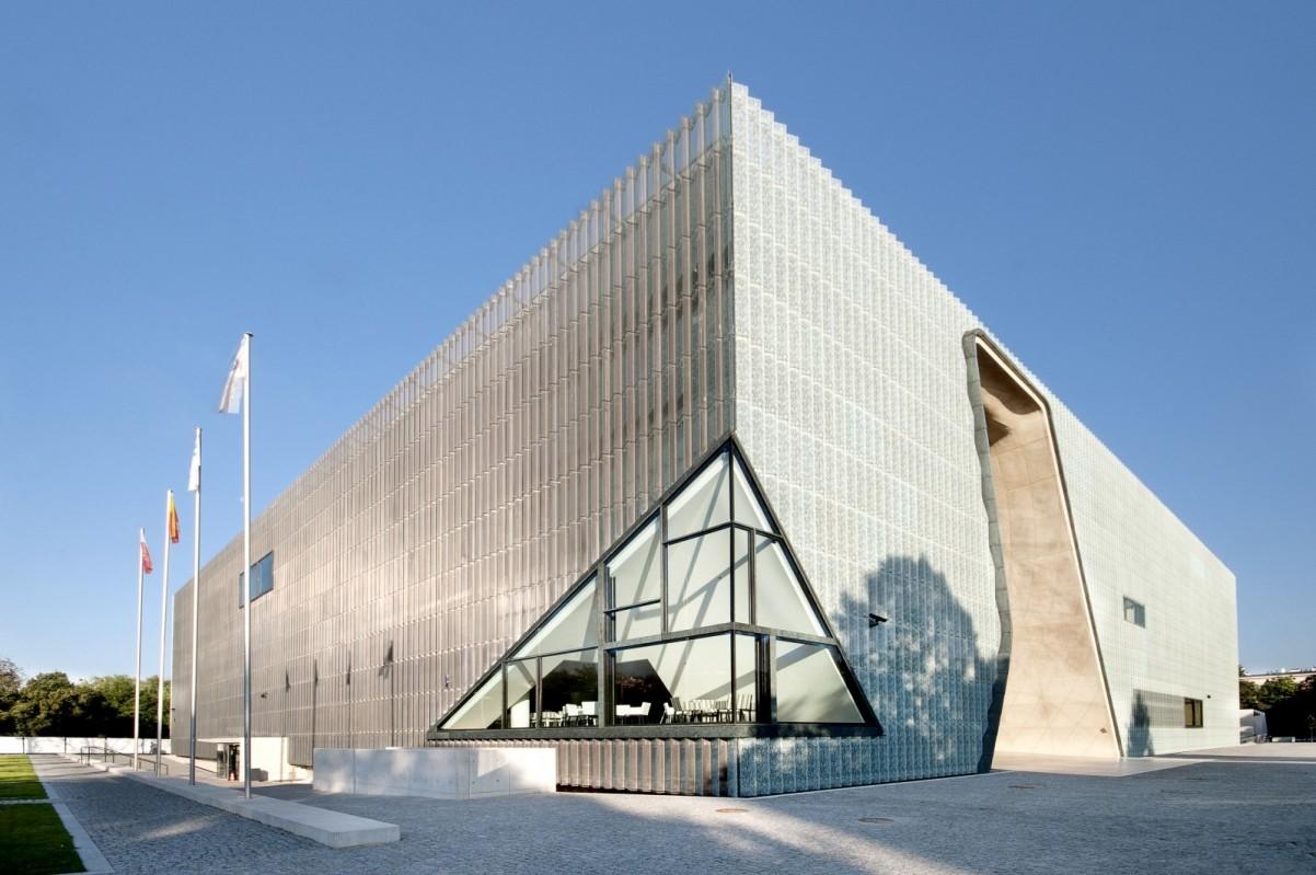 Az egymilliomodik látogatót köszöntötték a varsói Zsidó Múzeumban – Zsido.com