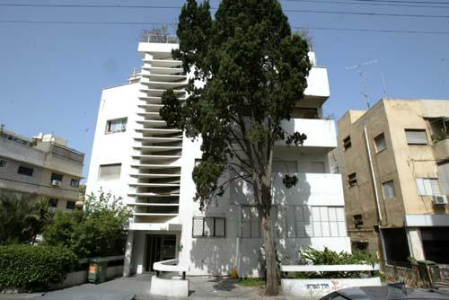 Németország 2,5 millió euróval támogatja Tel Aviv építészeti emlékeinek megóvását