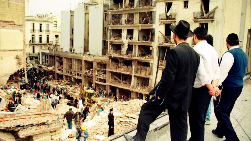 7600 napja húzódik a zsidó központ elleni terrortámadás ügye