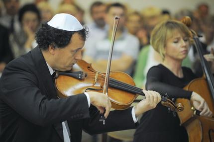 A gyöngyösi zsinagógában koncertezett a Fesztiválzenekar