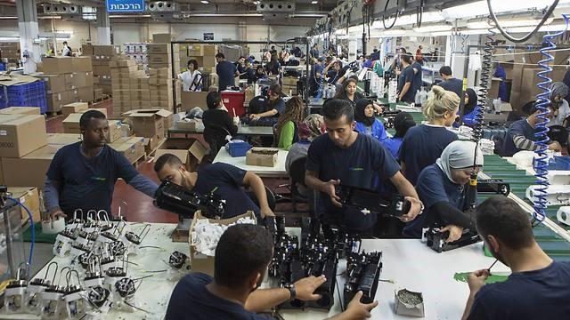 1000 szíriai menekültnek adna munkahelyet az izraeli SodaStream