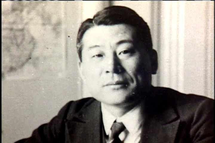 """Évtizedek hallgatása után elismerik a """"japán Schindler""""-t"""