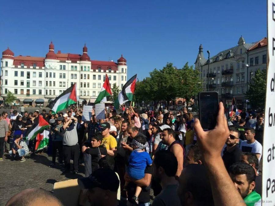 Palesztin terroristák mellett demonstráltak Svédországban