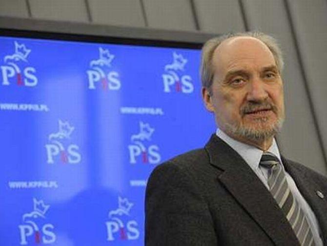Érdekesnek találta a Cion bölcseinek jegyzőkönyvét, miniszteri posztot bukhat a lengyel képviselő