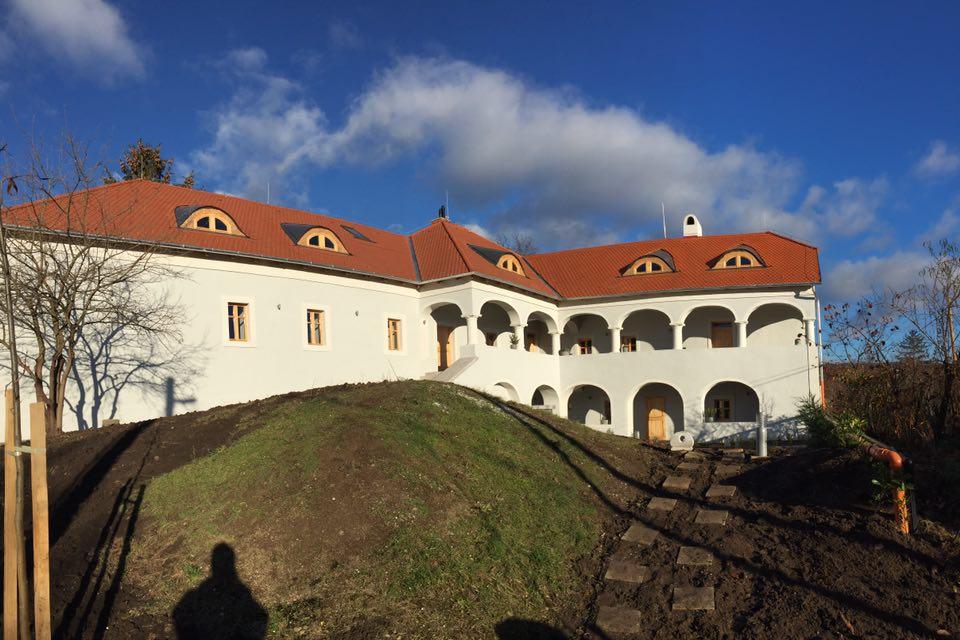 Elkészült a mádi rabbiház