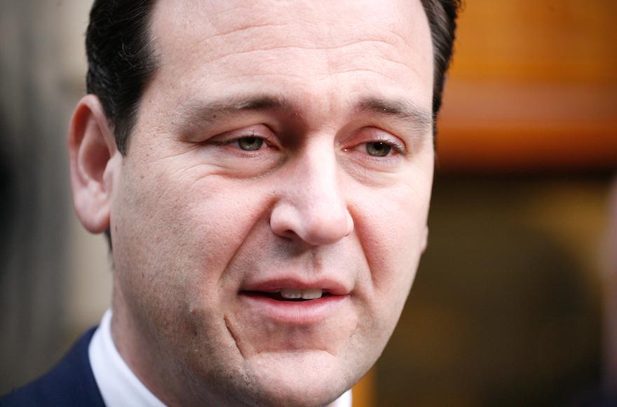 Antiszemita kommentelőkről tett közzé listát a holland politikus