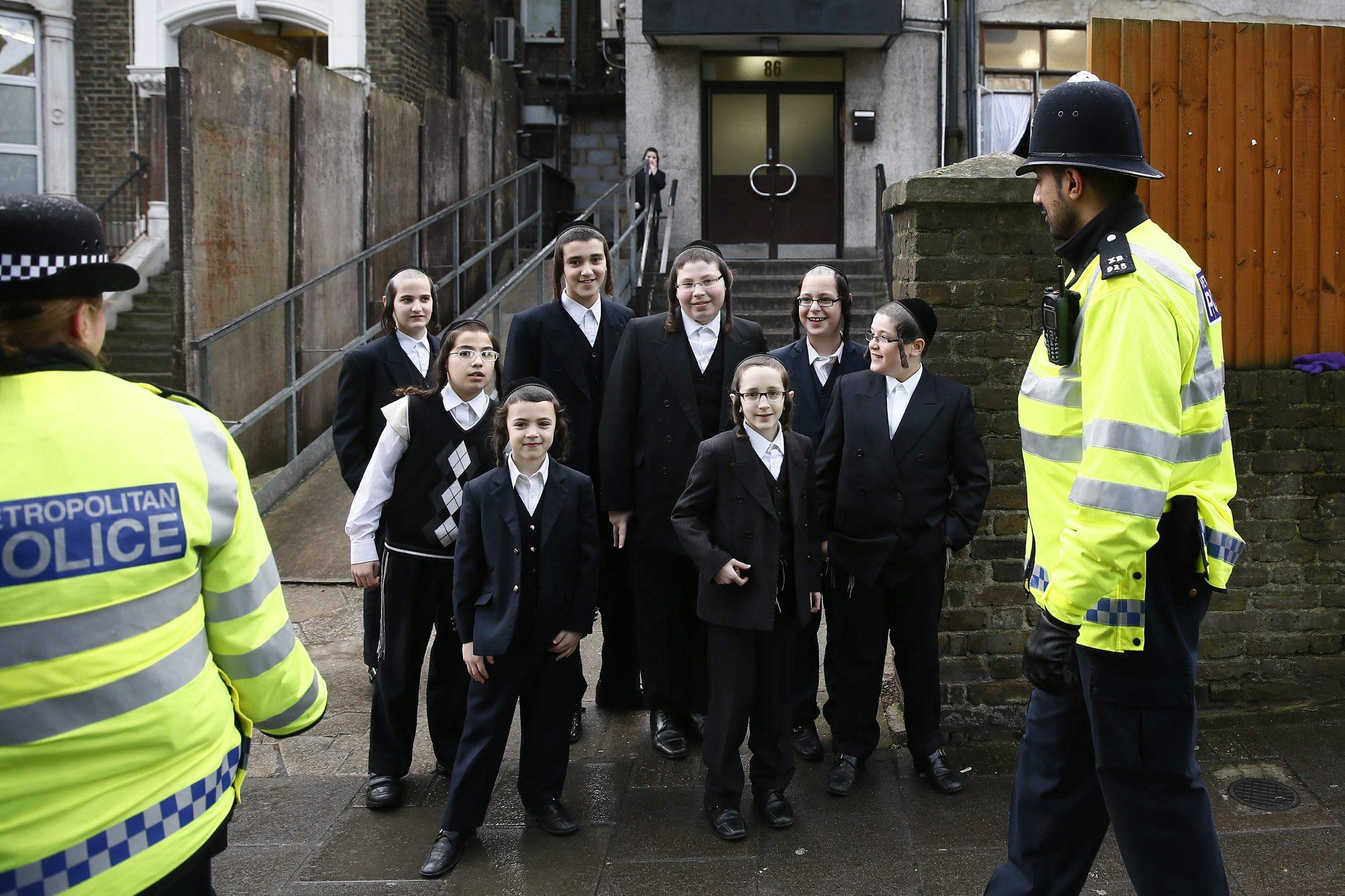 Zsidó iskolák is kaptak fenyegetést Nagy-Britanniában