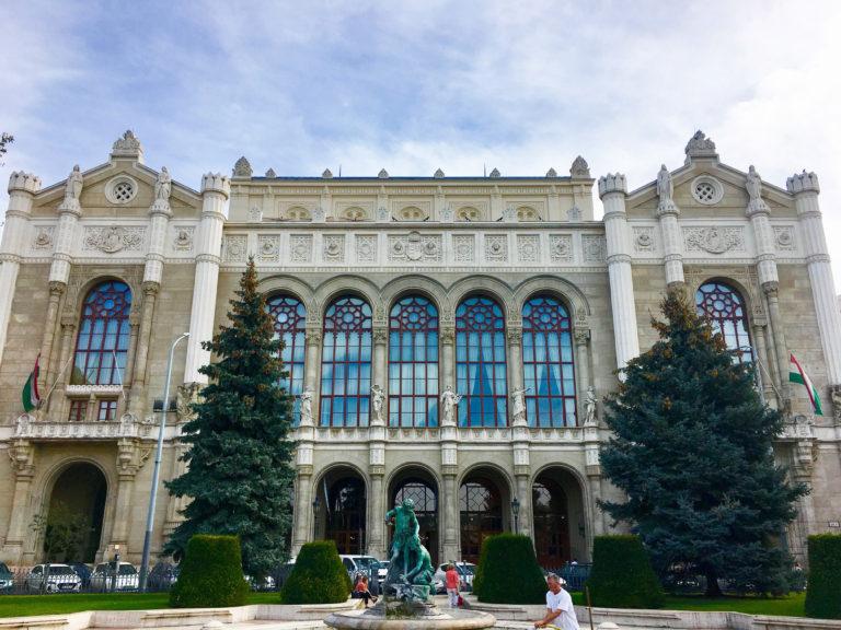 Hol és hogyan imádkoztak elődeink Budapesten?