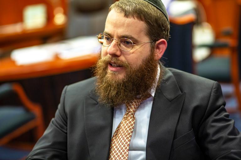 Négy fotó Köves Slomó rabbi életéből