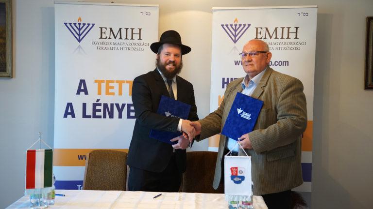 Az emlékezettől a segítésig: szegény településekre vezetett a budavári rabbi útja