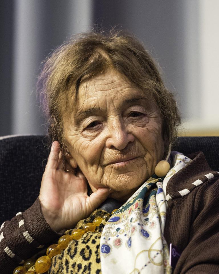 """""""Nem az antiszemitizmus tett zsidóvá"""" – Heller Ágnesre emlékezünk"""