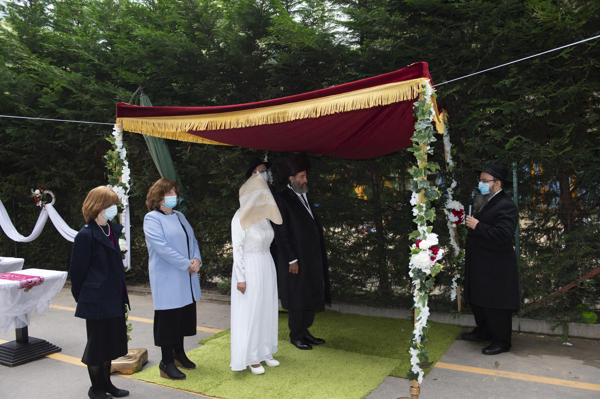 Esküvő élő közvetítésben