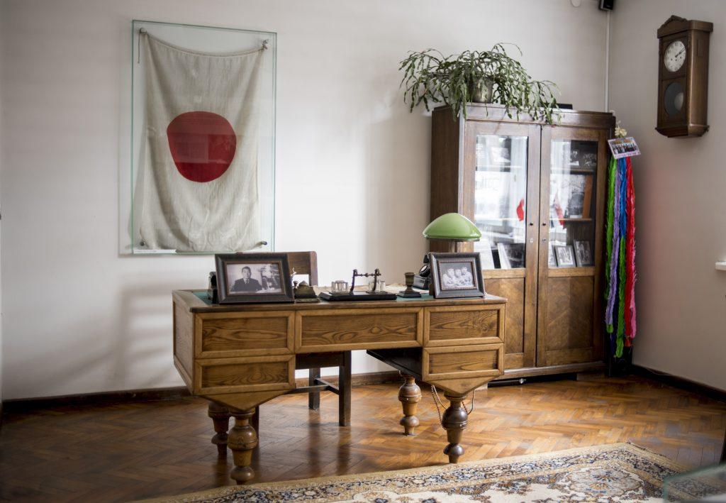 Japán adakozók jóvoltából menekül meg egy litván múzeum