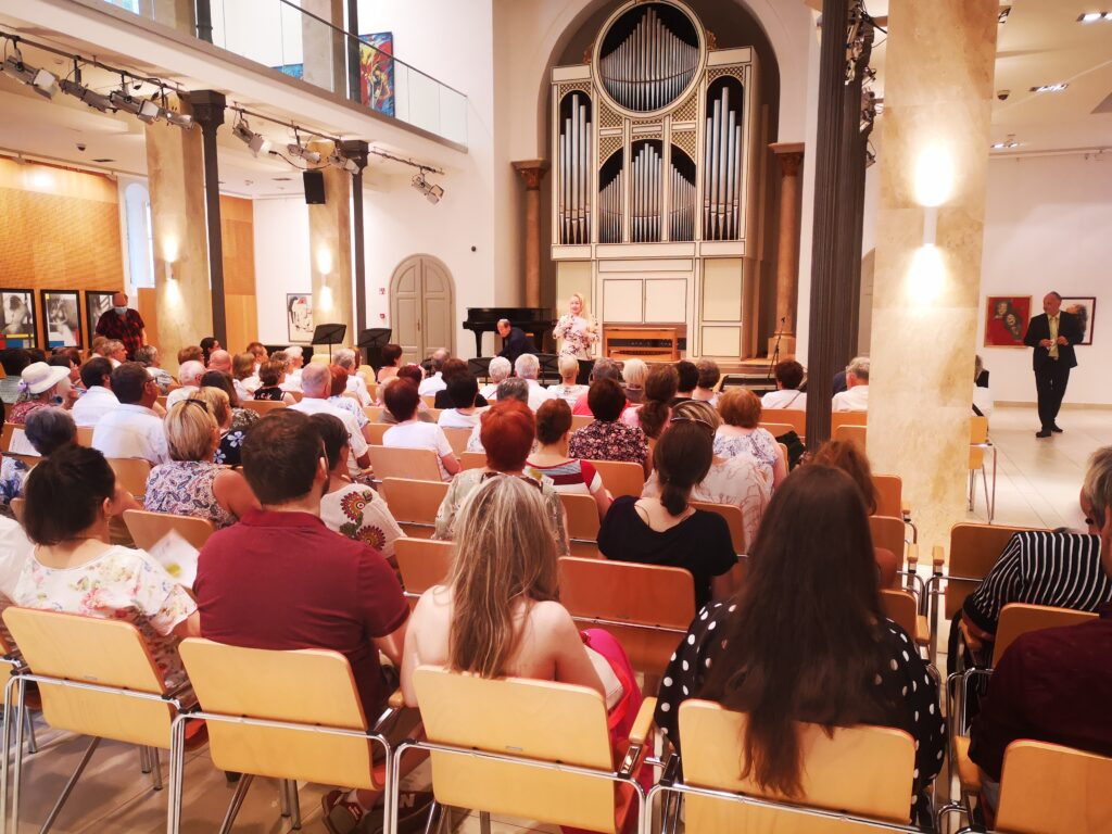 Újra zsinagógákban koncertezik a Fesztiválzenekar – Zsido.com